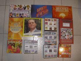 Custodie e cofanetti vuoti di CD e MC, lotto di 48