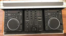 PIONEER CDJ-350 con DJM-350 e Flightcase