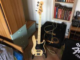 Fender American PJ 2012