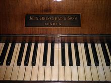 Pianoforte verticale John Brismead & Son london