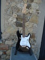 Stratocaster Standard nera